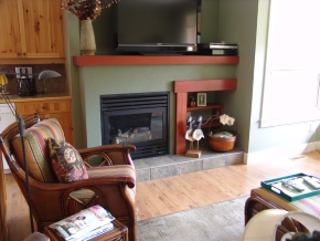 Custom Designed Fierplace Mantels and Fireplace Surrounds by Quality Cabimets - Parksville - Qualicum - Project-15