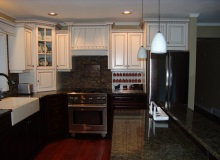 Custom Kitchens and interior renovations by Hamilton Thorne Quality Cabinets Ltd. Project-DSC00772