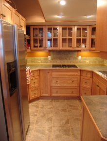 Custom Kitchens and interior renovations by Hamilton Thorne Quality Cabinets Ltd. Project-DSC08480