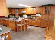 Custom Kitchens and interior renovations by Hamilton Thorne Quality Cabinets Ltd. Project-DSC09032