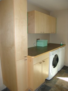 Laundry room cabinets and renovations by Hamilton Thorne Quality Cabinets - Project-12